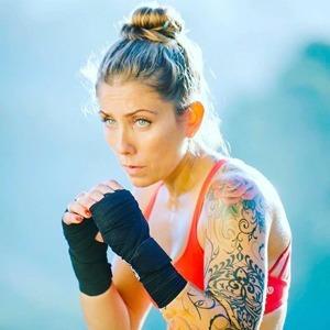 На кого подписаться: Инстаграм о боевых искусствах Jane Can Too — Спорт на Wonderzine