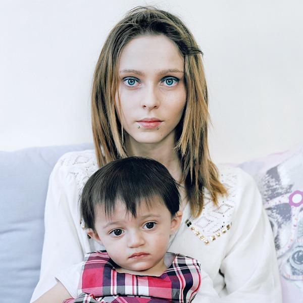 «Be Still, My Heart»: Грустные и счастливые истории юных матерей — Фотопроект на Wonderzine