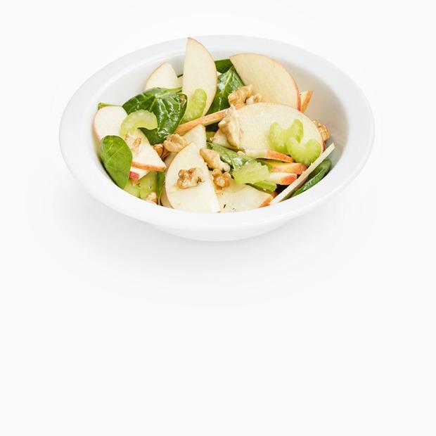 10 сытных, но легких летних салатов — Еда на Wonderzine