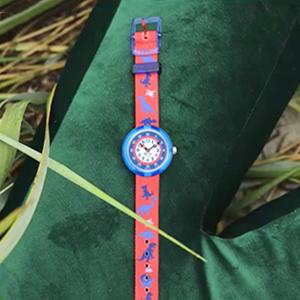 Cмешные разноцветные часы Flik Flak — Вишлист на Wonderzine