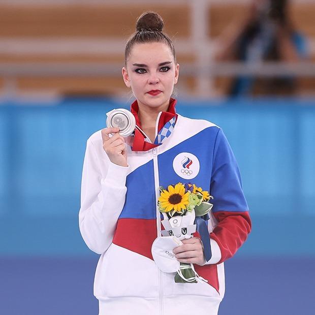 Скандал на Олимпиаде: Что стоит за серебром российской гимнастки Дины Авериной