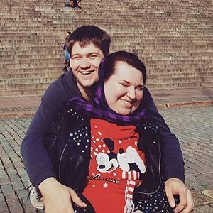 У меня и у моего мужа инвалидность — вот как мы поженились — Личный опыт на Wonderzine