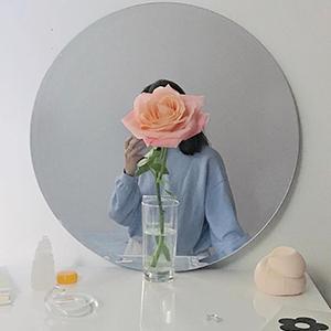 На кого подписаться: Красивая жизнь в инстаграме стилистки Кэти Мерчант — Стиль на Wonderzine