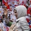 Первая леди Турции назвала гаремы «школой жизни»  для женщин