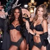 Директор Victoria's Secret извинился за комментарий о трансгендерных моделях