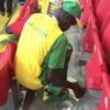 Сенегальские и японские болельщики убрали стадионы после матчей