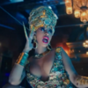 Карди Би кормит свою дочь грудью и поёт о любви к деньгам в клипе «Money»