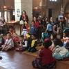 Церковь Англии разрешила мальчикам носить тиары  и каблуки