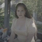 Лана Дель Рей выпустила альбом «Blue Banisters»