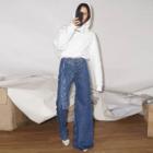 Асимметричные джинсы в селфи-лукбуке Pre-Fall коллекции Ksenia Schnaider