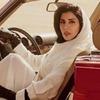 Принцесса Саудовской Аравии села за руль  на обложке Vogue Arabia
