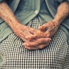 Родственники пациентов с деменцией призвали не считать заболевание психическим расстройством