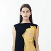 3D-модели женских торсов в круизной коллекции Christopher Kane