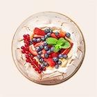 Рыбный оливье и жареный ананас: 10 нарядных рецептов для Нового года