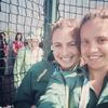 Елизавета II зафотобомбила селфи двух спортсменок