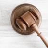 Мужчине, обвиняемому в надругательстве над дочерью, отменили оправдательный приговор