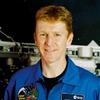 Астронавт случайно позвонил из космоса незнакомой женщине