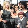 82 женщины выступили против гендерного неравенства в Каннах