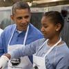 Дочь Обамы подрабатывает летом у Спилберга