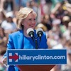 Хиллари Клинтон написала для Refinery29 колонку  о силе женщин
