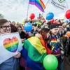 В Петербурге прошёл «Радужный флешмоб» против ненависти к ЛГБТ