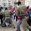В Минске задержали участников акции солидарности с Марией Колесниковой