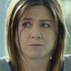 Дженнифер Энистон  без прикрас в трейлере «Торта»