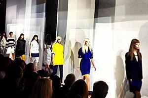 Главные показы  выходных дней  Paris Fashion Week