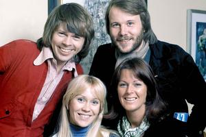 На кого подписаться: Аккаунт ABBA в твиттере