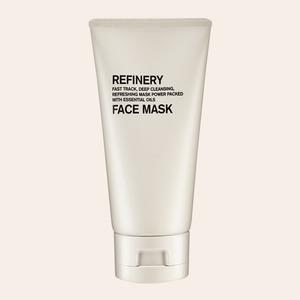 Глина, масла и кислоты: 11 очищающих масок для разных типов кожи