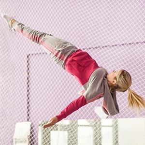 Как начать заниматься  гимнастикой на батуте