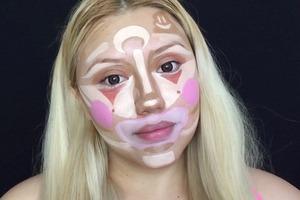 «Клоунская» цветокоррекция лица взорвала YouTube