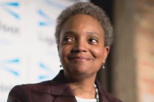 Мэром Чикаго впервые стала афроамериканка и открытая лесбиянка