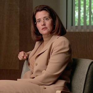 Герой на терапии, героиня на терапии: Как сериалы сделали нормой поход  к психоаналитику