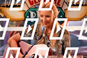 Видео дня: Бесконечный концерт Фиби Буффе