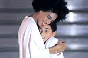 Соланж задала моду на свадебный танец с сыном