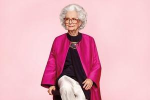100-летняя британка стала моделью Vogue