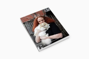 Журнал PUSS PUSS с Грейс Коддингтон на обложке