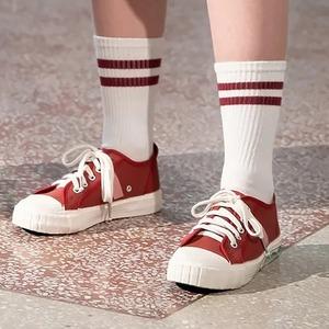 И в город, и на отдых:  8 марок кед и базовых кроссовок