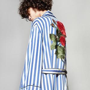 Летние пальто-халаты: Домашняя одежда  на улицах города