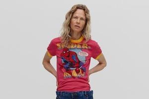 Свободные джинсы и футболки с супергероями в коллаборации Bettter и Ksenia Schnaider