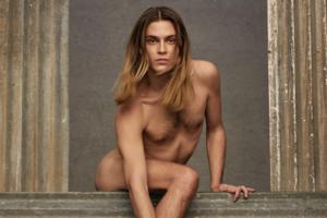 На кого подписаться: Фотограф и художник Майкл Бейли-Гейтс, снявшийся в кампании Valentino