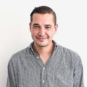 Игорь Компаниец,  старший редактор журнала Port
