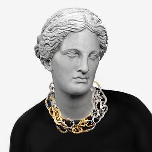 Как сочетать  вырезы и ожерелья