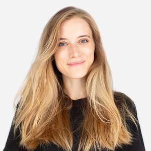 SMM-специалист Женя Бондаренко о БАР и любимой косметике