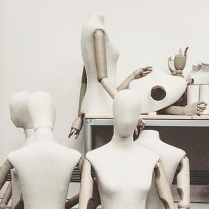 Как эпидемия нового коронавируса повлияла на индустрию моды