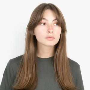 Журналистка Кристина Сафонова об отношениях с телом и любимой косметике