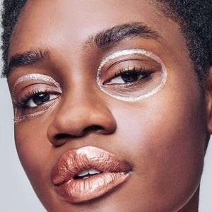 Опасная зона: Почему крем для кожи вокруг глаз не нужен