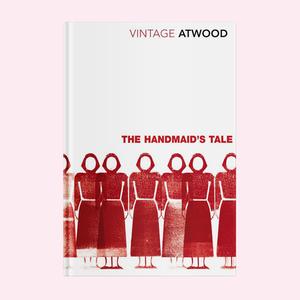«ФемИнфотека»: Создательницы феминистской библиотеки о своём проекте