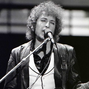 Больше, чем поэт: Почему Боб Дилан заслужил Нобелевскую премию